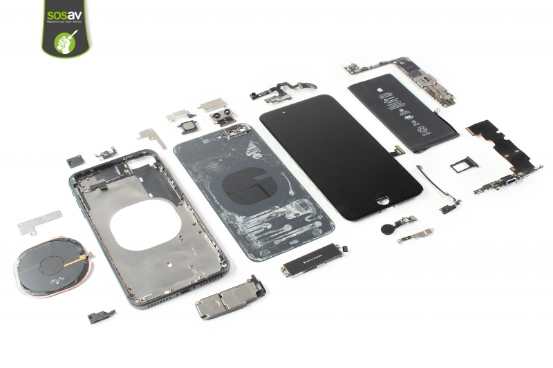 iPhone 8 plus démonté - sosav.jpg